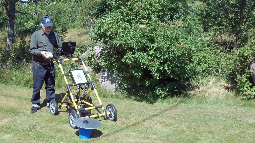 Arrow 100 for Archaeology - Eos Positioning Systems