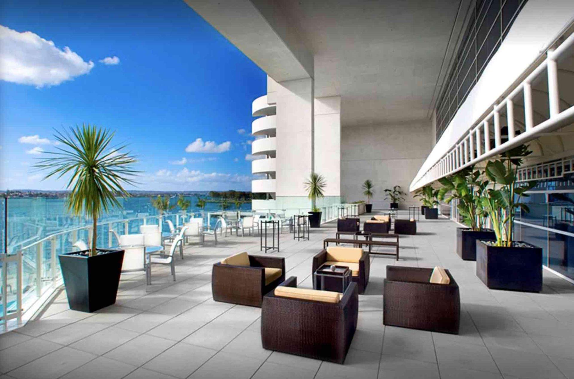 Event - Article - Image - 2019-07-03 - Hilton Bayfront Social Esri Water copy