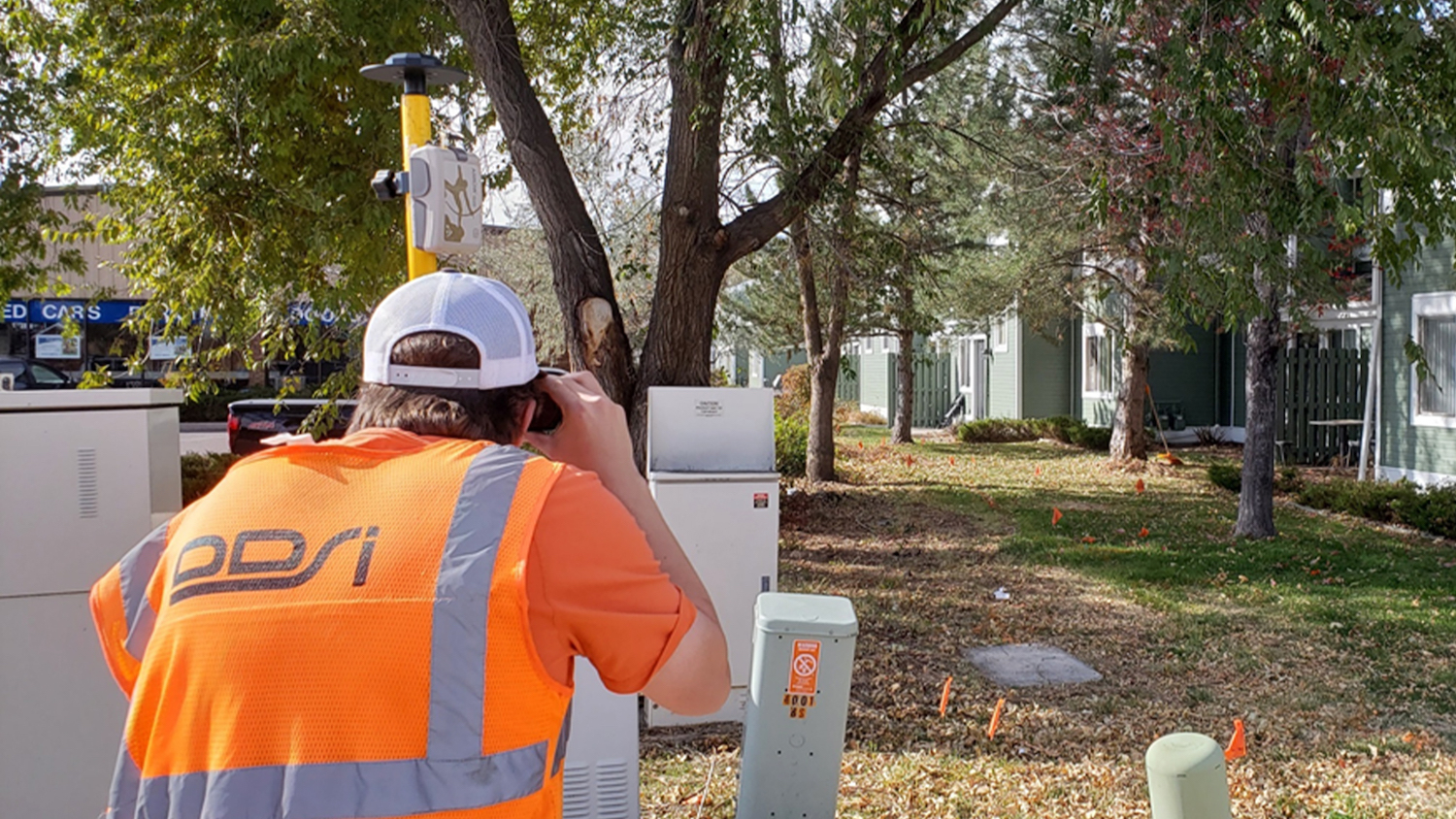DDSI uses Eos Laser Mapping solution with Arrow Gold, LTI TruPulse 200X, and ArcGIS Collector to map mixed utility assets (electric, telco, water) for client projects