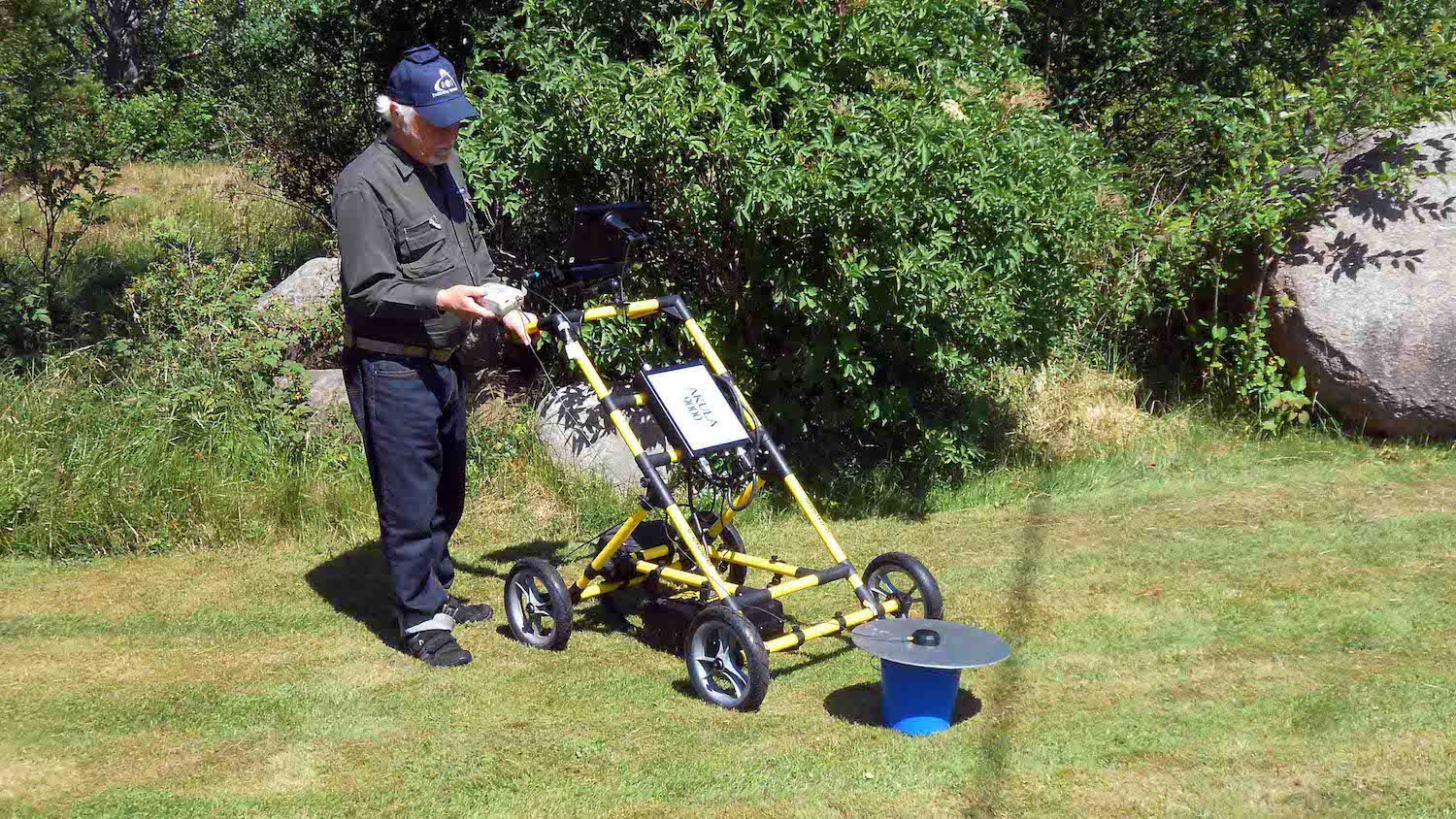 Swedish consultancy uses Arrow 100 GNSS receivers with GPR to find the positioning of buried, historic monasteries
