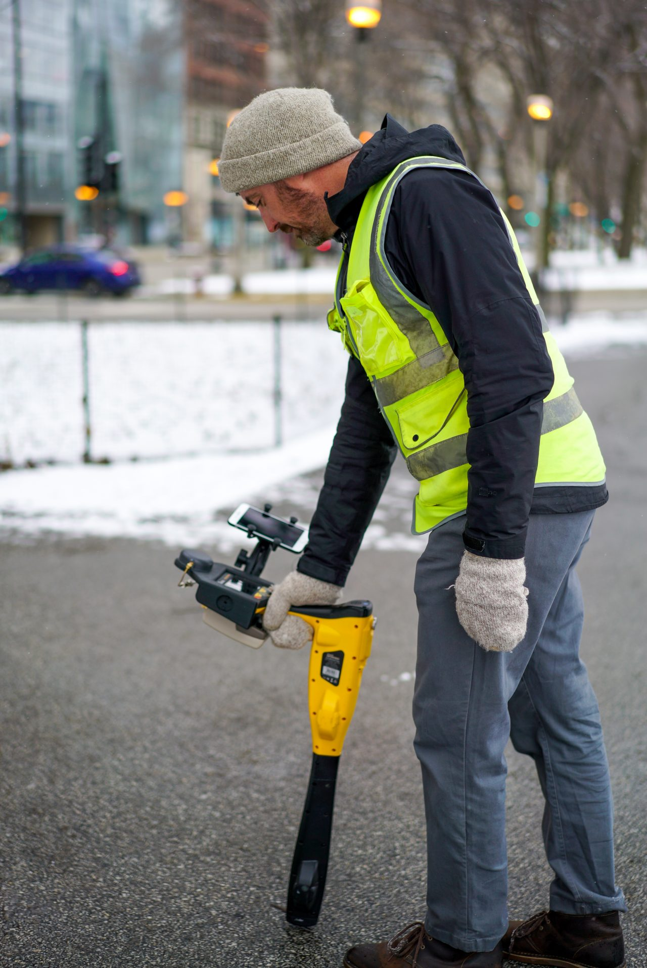 Eos Locate™ for ArcGIS Field Maps, Collector, Eos Tools Pro, underground utility mapping buried assets GPS GIS GNSS mapping Chicago