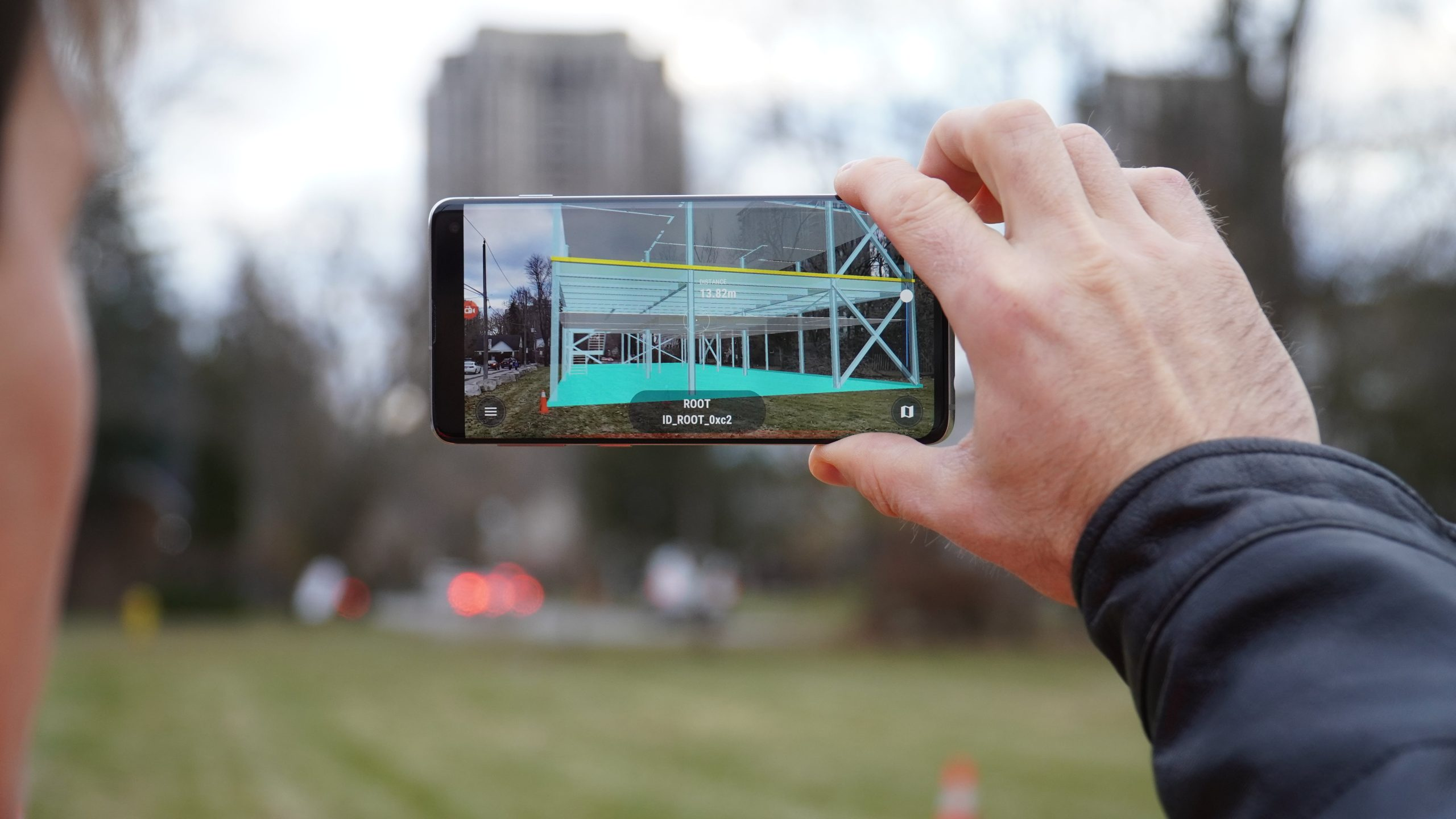 vGIS screenshot in the field: mobile application for augmented reality with Arrow GNSS receiver